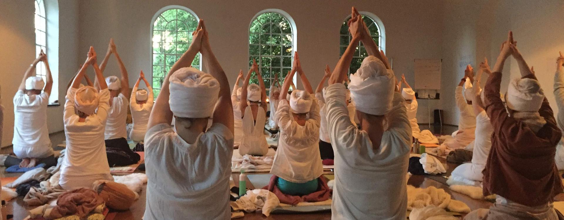 Yogi Bhajan - Level 1 Kundalini Yoga Teacher Training